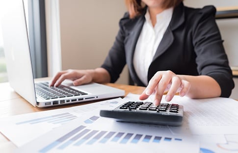 Accountant-Services_485x312